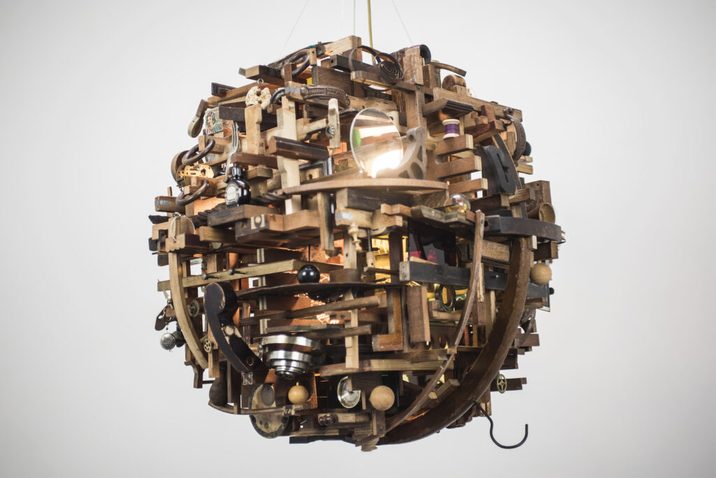Sphere 11 by Lesley Hilling